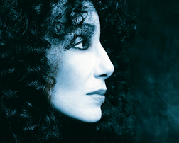 Cher online
