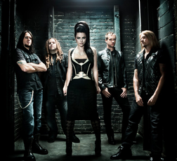 Evanescence online
