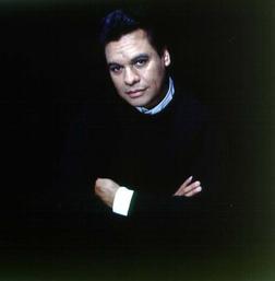 Juan Gabriel online