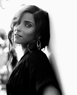 Nelly Furtado online