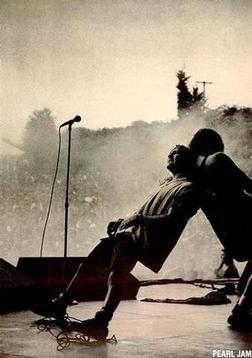 Pearl Jam online