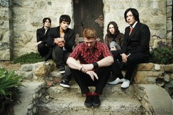 Queens Of The Stone Age online
