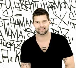 Ricky Martin online