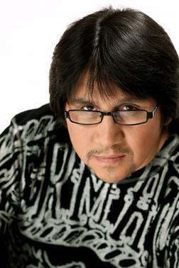 Escuchar Musica Online De Roberto Orellana