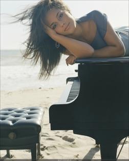 Alicia Keys online